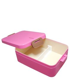 Levo Loves... The chicest way to pack your lunch: Bento Boxes!