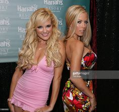 Bridget Marquardt and (Right) Kendra Wilkinson from 'The Girls Next Door' pose for photographs before entering The Pool at Harrah's on August 30, 2008 in Atlantic City, New Jersey