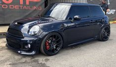 Mini Cooper Custom, Mini Coopers, Cars And Motorcycles, Automobile, Garage, Polo, Sexy, Life, Ideas