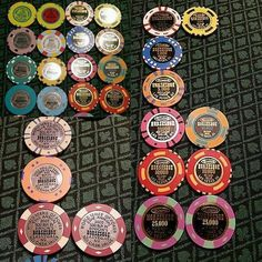 "poker_history101: ""Apparently there is a seller on eBay that claims to have the best #wsop #chip collection in the world  from different years of this prestigious event . Here are some of the pictures I saw . You can own this amazing collection for $975  #poker #history"""