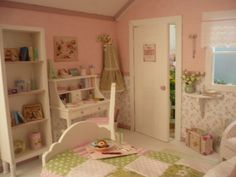 Dollhouse decorated. For Blythe, Pullip, Barbie, Momoko and similar ...  You will order  They are made also for Pukifee, lati yellow and similar