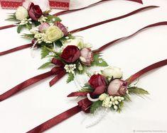 Wedding Brooch Bouquets, Corsage Wedding, Flower Crown Wedding, Flower Bouquet Wedding, Flower Decorations, Wedding Decorations, Burgundy Wedding Invitations, Hand Flowers, Rustic Bouquet