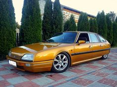 Citroen Ds, Retro Cars, Vintage Cars, Space Car, Automobile, Automotive Design, Peugeot, Cars And Motorcycles, Cool Cars