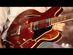 Axes & Artifacts: 1968 Gibson Trini Lopez & 1962 Ampeg Reverberocket | Premier Guitar