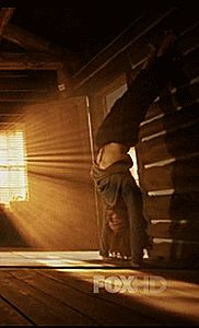 Nicole Beharie W.oman C.rush E.veryday — aneram:   Ichabbie yoga scene Sleepy Hollow 2x06