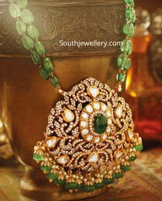 Indian Jewellery Designs - Page 15 of 1696 - Latest Indian Jewellery Designs 2020 ~ 22 Carat Gold Jewellery one gram gold Pearl Necklace Designs, Gold Earrings Designs, Gold Jewellery Design, Bead Jewellery, Beaded Jewelry, Jewelry Necklaces, Antique Necklace, Diamond Jewellery, Diamond Earrings