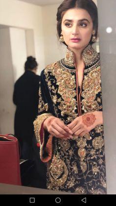 Simple Pakistani Dresses, Pakistani Wedding Dresses, Pakistani Dress Design, Pakistani Outfits, Bridal Mehndi Dresses, Bridal Lehenga, Hira Mani, Shadi Dresses, Bollywood Actress Hot Photos