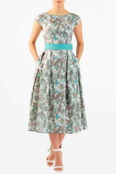Shop the latest high street fashion online at eShakti.com. From womens dresses, blouses, skirts, pants, caftans, in sizes 0-26W, find your must-have women's clothing custom made to your size and style