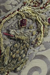 """Game of Thrones Embroider-gasm These Close-Ups Of """"Game Of Thrones"""" Fashion Will Take Your Breath Away The level of detail is staggering. Costume embroider Michele Carragher takes her job very. Sansa Stark, Hand Embroidery Designs, Ribbon Embroidery, Blackwork, Got Costumes, Theatre Costumes, Ballet Costumes, Textiles, Art Textile"""