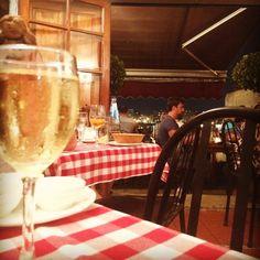 Having a dinner @ favorite restaurant. ブラピも来る超有名イタリアン。も一度食べたい!て思ってたから2度も来れて幸せ。#peppinos #malta #マルタ #レストラン