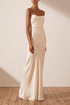 Slip Wedding Dress, Dream Wedding Dresses, Wedding Gowns, Skinny Wedding Dress, Low Key Wedding Dress, Classy Wedding Dress, Simple Prom Dress, Wedding Ceremony, Lace Wedding