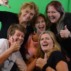 Bibi Grime gister aan de slag met 5 vrouw sterk ...dank allemaal, was een heerlijk gezellig schmink dagje!!!