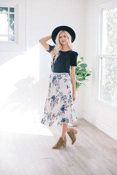 Filly Pleated Skirt