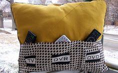 Almohadón con bolsillos para controles de TV