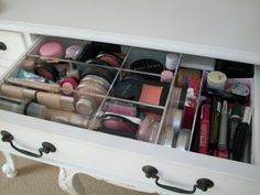 great way to storage your makeup