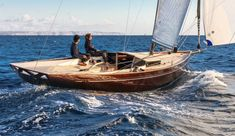 Wally Nano is an elegant classic yacht. This boat combines classic lines with the most advanced construction technology and sailing features. Dinghy Boat, Sailing Dinghy, Sailing Yachts, Classic Sailing, Classic Yachts, Wooden Sailboat, Wooden Boats, Yacht Design, Boat Design