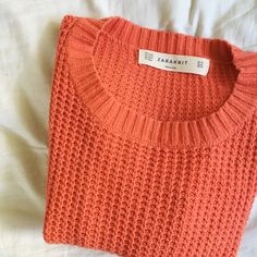 ZARA cable knit crop sweater top Like new Zara cable knit cropped sweater top. Size medium but fits perfect for a small. I'm a medium and i don't like how it fits - so so so cute with high waisted leggings and then boots! ❤️ color is burnt orange almost rust but really beautiful color. Zara Sweaters Crew & Scoop Necks