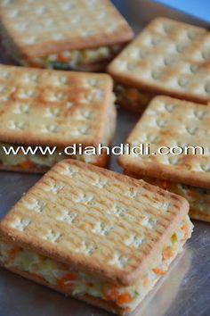 Diah Didi's Kitchen: Crakers Goreng