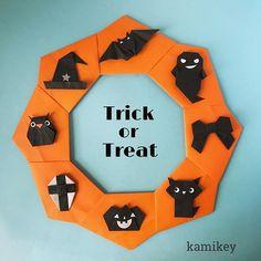 """ハロウィンモチーフいっぱいのリース土台のリースは15㎝、モチーフはそれぞれ7.5㎝の折り紙で作っています ✳︎ 作り方動画は、YouTubeの""""kamikey origami""""でご覧ください(プロフィールにリンクがあります) ✳︎ Halloween Wreath designed by me Tutorial on YouTube """"kamikey origami """" #origami #折り紙 #kamikey"""
