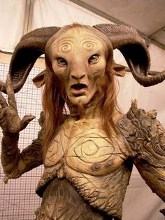 The process of bringing the faun from Pan's Labyrinth to life (28 Photos)