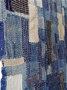 Every scrap tells a story and the stitching adds to it beauty. The stitching is done with such regularity it is just part of the item, it doesn't seem to be borne from necessity. . materiales patchwork