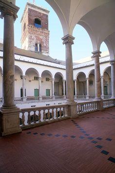 GENOVA. Palazzo Ducale di Genova, veduta sulla torre Grimaldina - © Silvio Massolo