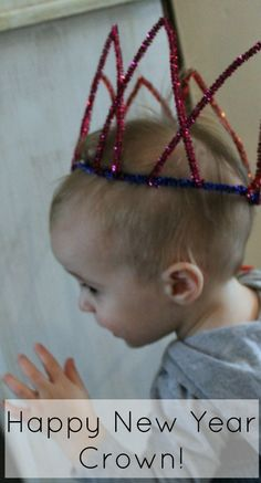 Super simple and equally adorable, Happy New Year Crowns!  A perfect craft for kids to make on their own!