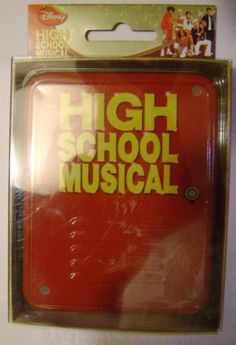 HIGH SCHOOL MUSICAL KEEPSAKE TIN AND PLAYING CARDS-DISNEY-NEW IN PACKAGE