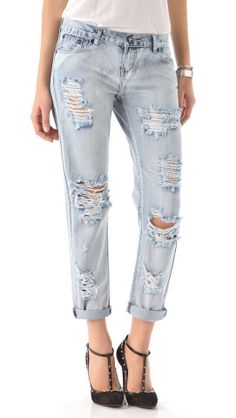 One Teaspoon Awesome Distressed Jeans, Retro-inspired light wash jeans in a slouchy silhouette are given a well-loved look with revealing shredded patches. Single-button closure and zip fly. Jeans Fit, Ripped Jeans, Denim Jeans, Destroyed Jeans, Weekend Outfit, Light Wash Jeans, Denim Outfit, Distressed Denim, Boyfriend Jeans