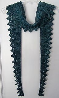 Ravelry: Conundrum Shawlette pattern by Hayley Foord