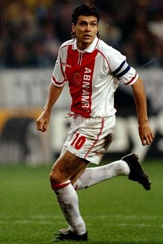Jari Litmanen, AFC Ajax (1992–1999, 159 apps, 91 goals + 2002–2004, 20 apps, 5 goals). In the 1993/1994 season he was voted player of the Eredivisie and the next course was key to the European Cup against Milan. His performances in the Champions League earned him to be 3rd in the voting of the Golden Ball in 1995, behind Weah and Klinsmann.