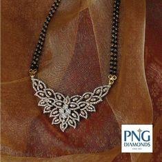 Indian Jewelry Sets, Indian Wedding Jewelry, Bridal Jewelry, Jewelry Design Earrings, Gold Jewellery Design, Diamond Jewellery, Gold Jewelry, Saree Jewellery, Beaded Jewelry