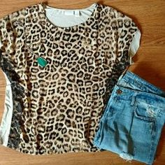 I just discovered this while shopping on Poshmark: Chico's Size 3 (XL or 16) Blouse. Check it out! Price: $15 Size: 3