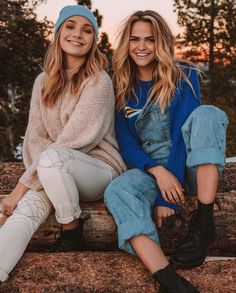 Photography poses for friends bff girls Ideas for 2019 Bff Pics, Cute Friend Pictures, Friend Photos, Foto Best Friend, Best Friend Fotos, Best Friends Shoot, Cute Friends, Friends Girls, Photoshoot Ideas For Best Friends