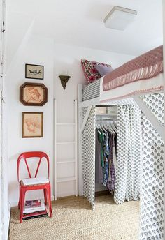 Lovely Cute Loft Beds College Dorm Room Design Ideas For Girl College Dorm Decorations, College Dorm Rooms, Small Loft Bedroom, Cute Diy, Small Dorm, Dorm Room Designs, Small Room Design, My New Room, Home