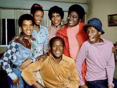 'Good Times' TV show - including the theme song & lyrics - Click Americana Good Times Tv Show, 70s Sitcoms, Black Sitcoms, Mejores Series Tv, School Tv, Plus Tv, Childhood Tv Shows, Black Tv, Old Shows