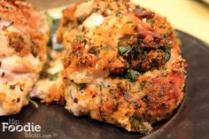 Cajun Chicken Stuffed with Mozzarella & Spinach to make Low Carb replace the bread crumbs with crushed pork rinds Side Dish Recipes, Pork Recipes, Chicken Recipes, Cooking Recipes, Healthy Recipes, Chicken Eating, Cajun Cooking, Mozzarella Chicken, Pork Rinds
