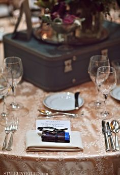 using vintage suitcases as part of table decor