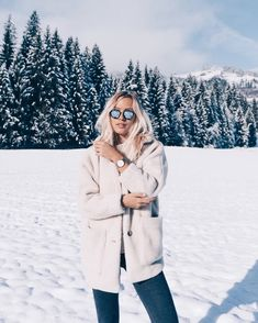 Likes, 155 Kommentare… – winter aesthetic Bloğ Winter Mode, Winter Day, Winter White, Summer Winter, Winter Style, Winter Instagram, Photo Instagram, Poses Photo, Outfit Invierno