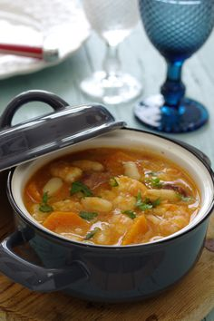 ideas soup recipes shrimp families for 2019 Healthy Soup Recipes, Healthy Meal Prep, Food C, Good Food, Cookbook Recipes, Cooking Recipes, Dairy Free Soup, Portuguese Recipes, Slow Cooker Soup