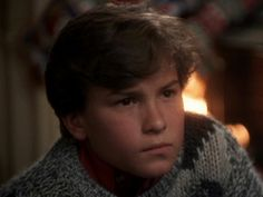 Before he was Leonard ...Johnny Galecki in Christmas Vacation