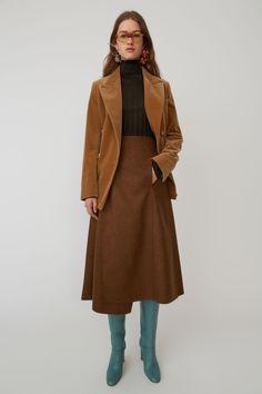 Acne Studios caramel brown a-line wrap skirt that sits high on the hips. Modern Fashion, Fashion 2020, Vintage Fashion, Max Mara, Colourful Outfits, Cool Outfits, Brown Skirts, Autumn Winter Fashion, Fall Fashion