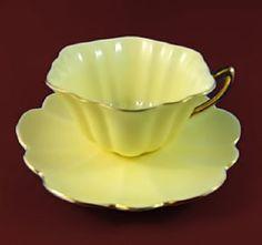 lemon-Shelly-tea-cup