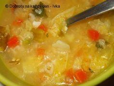 Kapustová polévka s ovesnými vločkami Cheeseburger Chowder, Food And Drink, Soup, Recipes, Soups, Ripped Recipes, Cooking Recipes