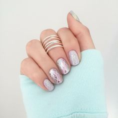 Complement your butter leggings with Trippin Jamberry Nail wraps paired with She's Unavailable TRUsine Gel or Bachelorette Gel over a purple wrap. How To Do Nails, Fun Nails, Pretty Nails, Garra, Jamberry Combinations, Jamberry Nail Wraps, Jamberry Party, Hair And Beauty Salon, Nail Art Galleries