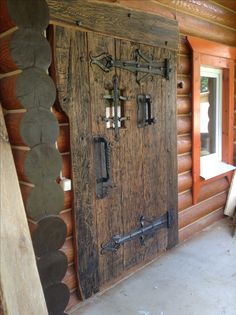 Cool Doors, Unique Doors, Rustic Doors, Wooden Doors, Cheap Log Cabins, Medieval Door, Front Porch Steps, Best Front Doors, Barn Door Designs