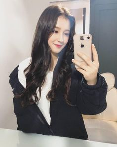 Welcome To Momoland! Kpop Girl Groups, Kpop Girls, Girls Dp, Cute Girls, Nancy Jewel Mcdonie, Nancy Momoland, Korean Beauty Girls, Asian Beauty, Asian Woman