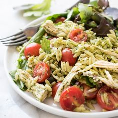 Chicken & Orzo Salad is delicious, healthy, fresh, and so easy to make!