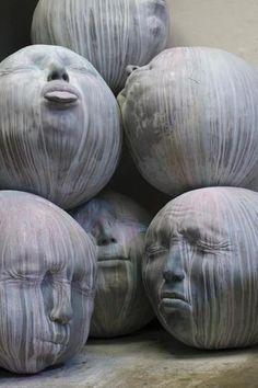 Sculpture by Samuel Salcedo Public art? Land Art, Street Art, Instalation Art, Sculptures Céramiques, Rock Sculpture, 3d Studio, Fantasy Kunst, Wow Art, Art Plastique
