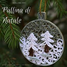 Tutorial: Stella di Natale in quilling Christmas ball with the art of quilling (paper watermark) Paper Quilling Earrings, Arte Quilling, Paper Quilling Flowers, Paper Quilling Patterns, Origami And Quilling, Quilled Paper Art, Quilling Paper Craft, Paper Crafts, Quilling Ideas